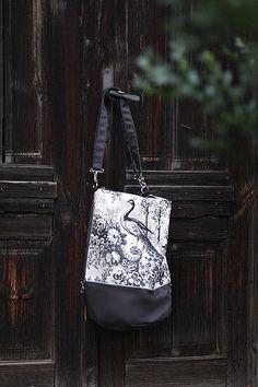 Plecak - torba z pawiem w Leci Ptaszek na DaWanda.com