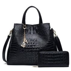31 Best LEATHER BAGS images   Leather purses, Leather bags, Leather ... 0119ab8627