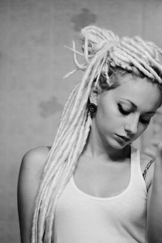 Dreadlock Extensions by Dreads UK (Comes in any colour. We also make human hair natural dreadlock extensions) 10 x Double Ended Ice White faux dreadlocks Synthetic backcombed 20 inch long Blonde Dreadlocks, Faux Dreads, Dreads Girl, Dreadlock Hairstyles, Cool Hairstyles, Rasta Girl, Beautiful Dreadlocks, Piercings For Girls, My Hairstyle