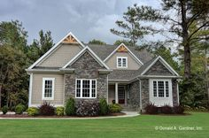 This ranch design floor plan is 1908 sq ft and has 3 bedrooms and has 2 bathrooms. Country Style House Plans, Craftsman Style House Plans, Ranch House Plans, Bedroom House Plans, New House Plans, Dream House Plans, Small House Plans, Ranch Style Homes Country, Ranch Style House