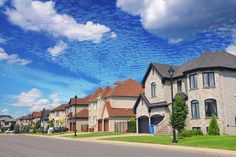 Quartier résidentiel de luxe Stock Imagery, Pixel, Luxury Living, Royalty Free Stock Photos, Mansions, House Styles, Amazing, Colorful, Boutique