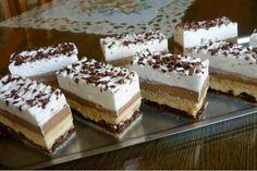 Children Bueno cuts - is addictive - Kuchen - Dessert Oreo Dessert, Pudding Desserts, Strawberry Desserts, Köstliche Desserts, Gluten Free Desserts, Delicious Desserts, Dessert Recipes, Sweet Potato Hash Browns, Mini Pastries