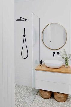 Bathroom Design Small, Bathroom Interior Design, Interior Ideas, Minimalist Bathroom Design, Simple Bathroom Designs, Minimal Home Design, Minimalist Bathroom Inspiration, Small Bathroom With Bath, Minimalist Small Bathrooms