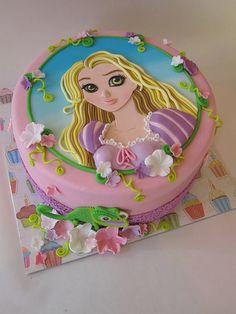 2D princess tutorial http://farm9.staticflickr.com/8261/8704602685_b39316aa0c.jpg