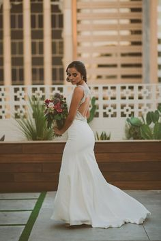 SoCal inspired Wedding Styled Shoot With Dreamy Paper Details Galore