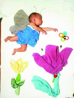 「波動拳」をキメる赤ちゃん? 「寝相アート」が大人気