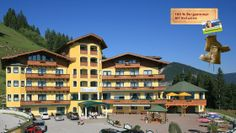Hotel Gut Raunerhof All Inclusive, Mansions, House Styles, Summer, Horseback Riding, Hiking, Summer Time, Manor Houses, Villas