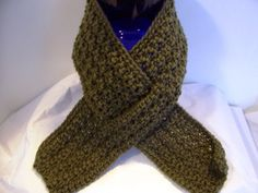 Men's Army Greeen Keyhole Scarf  Makes a great by kamsstorecom, $7.99