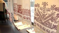 'Käspaikka', Orthodox hand towel, a long embroidered towel or cloth. In Finnish Karelia hand towels were using also the sacred ritual objects. Embroidered Towels, Folk Embroidery, Hand Towels, Finland, Animal Print Rug, Textiles, Traditional, Crafts, Inspiration
