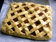 Plum pie from the baking tin - Kitchen ♥ Love Baking Bad, Baking Tins, Sweet Recipes, Cake Recipes, Dessert Recipes, Desserts, Plum Pie, Just Bake, Sweet Pie