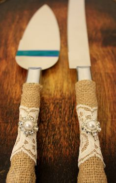 Wedding Cake Server and Knife Burlap and Lace by BrilliantBride