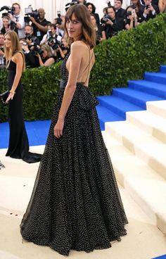 Alexa Chung in Diane von Furstenberg Alexa Chung Style, Alexa Chung Hair,  Gala Dresses d9b2a8ce5071