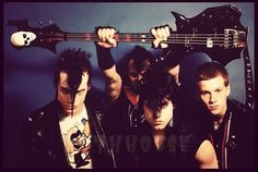 The Misfits - horror punk band from Lodi, NJ Misfits Band, Danzig Misfits, Glenn Danzig, Band Photos, Tv Quotes, Him Band, Psychobilly, Punk Rock, 80s Rock