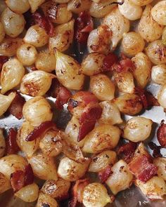 Caramelized Pearl Onions and Bacon Recipe. Yum - this is why i need to plant more onions! Vegetable Side Dishes, Vegetable Recipes, Veggie Food, Good Food, Yummy Food, Onion Recipes, Side Dish Recipes, Thanksgiving Recipes, Thanksgiving Sides