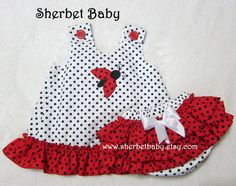 Items similar to Ladybug Applique Ruffled Pinafore & Bloomers Set Red Black White on Etsy Baby Dress Design, Baby Girl Dress Patterns, Little Girl Dresses, Sewing For Kids, Baby Sewing, Toddler Outfits, Kids Outfits, Dior Kids, Lady Bug