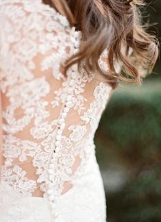 lace wedding gown back | Charla Storey