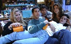 14 Behind The Scenes Pictures Of Friends That'll Bring The Tears Rolling Friends Tv Show, Tv: Friends, Serie Friends, Friends Cast, Friends Moments, Friends Forever, My Friend, Friends Season, Friends Behind The Scenes