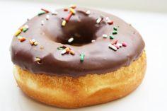 donuts con glassa al cioccolato