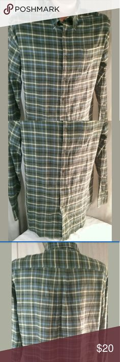 Croft Barrow Mens Long Sleeve Flannel Shirt Large For sale is a Men's Croft & Barrow Shirt Size L - Very Good Pre-owned Condition -? No holes or stains??  Approximate Measurements?? Pit to Pit- 24.5 Sleeve - 26? LFC- 33.5?  Please, view all pictures, and ask questions if you have any.?? I GENERALLY SHIP OUT WITHIN ONE BUSINESS DAY OF RECEIVED PAYMENT.?? Shirts Casual Button Down Shirts