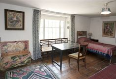 Maynard Keynes bedroom Charleston - JMK stayed regularly until he moved out to nearby Tilton Farm