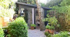 I forgårs besøgte jeg Eva Norgren i Lomma lidt udenfor Malmö. Hun har en skøn have med mange hyggelige indslag. Blandt andet dette fine have...
