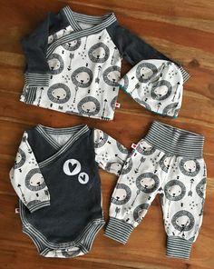 ♡Schnittmuster:  Pullover: Trotzkopf von Schnabelina Body: Wickelbody von Klimperklein Hose: Minibuxe von Fred von Soho (ohne Taschen)
