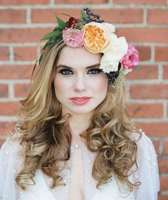 Renaissance wedding inspiration in a warehouse. Floral Fascinators, Floral Headpiece, Floral Hair, Floral Crown, Hair Inspiration, Wedding Inspiration, Wedding Ideas, Wedding Hairstyles With Veil, Bridal Hairstyles