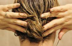 Μάσκα προσώπου που αφαιρεί μαγικά πανάδες, σημάδια ακμής, ρυτίδες από την δεύτερη χρήση της! | Μυστικά ομορφιάς | mystikaomorfias.gr Flaky Scalp, Make Hair Grow, Hair Mask For Growth, Hair Pack, Prevent Hair Loss, Tips Belleza, Hair Care Tips, Hair Tips, Hair Health