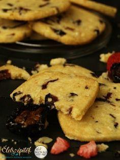 Aszalt gyümölcsös házi keksz | Életszépítők Homemade Sweets, Biscuits, Muffin, Xmas, Cookies, Cake, Desserts, Recipes, Cookie Monster