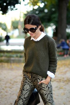Olive sweater, print pants. i'm literally in love with her whole outfit including the nailpolish... except i would do my tortoise shell ray bans instead of her shades.