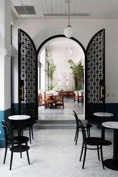 2. American Trade (Panamá)  - AD España, © Belén Imaz vista al restaurant desde café Unido