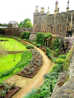windsor palace & the queens garden
