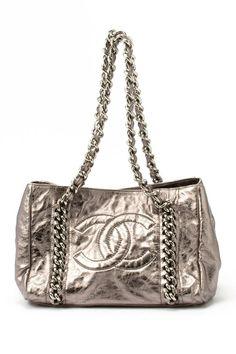 Vintage Chanel Leather Chain Shoulder Bag beaultiful Chanel Couture, Chain  Shoulder Bag, Leather Chain 52ff3ff428