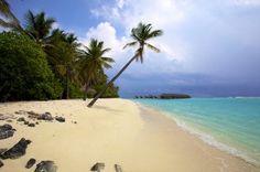 Three Must-Visit Luxury Island Getaways #travel #traveltips #beautifulplacesintheworld  http://travelideaz.com/