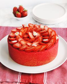 Charlotte aux fraises – Les Dégustations Dangereuses Nutella Cake, Something Sweet, Kitchen Recipes, Cheesecake, Strawberry, Pudding, Cooking, Food, Desserts Faciles