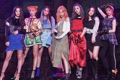 Dreamcatcher [Alone In The City] Teaser Image 02 Kpop Girl Groups, Korean Girl Groups, Kpop Girls, Extended Play, K Pop, Teaser, Pre Debut, Soyeon, Girl Bands