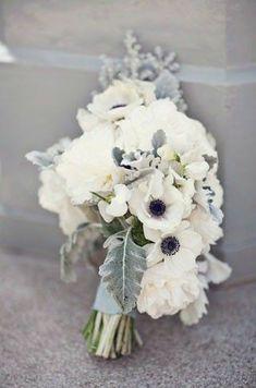 Grey Wedding Theme, Rose Wedding, Floral Wedding, Trendy Wedding, Wedding White, Wedding Colors, Winter Wedding Flowers, Flower Bouquet Wedding, Grey Winter Wedding