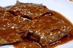 Hoje você vai aprender a como fazer essa Receita De Molho Madeira. Uma receita maravilhosa para acompanhar suas carnes de churrasco ou até mesmo quando fizer em panelas, frigideiras etc. Esse molho é muito comum em grandes restaurantes não só do Brasil mas como do mundo inteiro. O Molho Madeira é muito fácil de fazer …