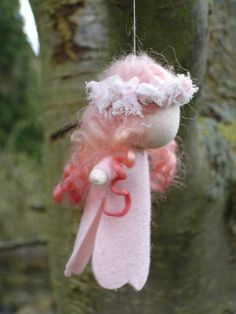 little felt fairies, site has many cute patterns and a waldorf tutorial and link page