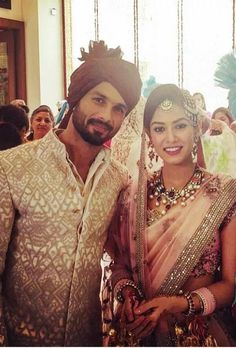 One of the most stylish men in Bollywood and a GQ cover star hall-of-famer, Shahid Kapoor marries Mira Rajput today. Here's a look at the low-key wedding everyone is talking about: Bollywood Couples, Bollywood Wedding, Bollywood Stars, Bollywood News, Marathi Wedding, Wedding Mehndi, Desi Wedding, Wedding Wear, Bollywood Fashion