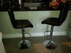 Pair (2) black bar stools in Kissimmee, FL (sells for $65)