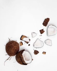 ✨ Coconut has antioxidant effects, is anti fungal and naturally anti-bacterial! That's why it's perfect for our Coconut Sugar Exfoliating Soap. Fruit Photography, Grow Long Hair, Medicinal Herbs, White Aesthetic, Aesthetic Pictures, Wallpaper Backgrounds, Wallpapers, Kitsch, Food Art