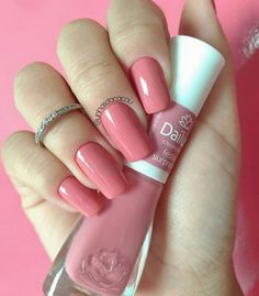 Perhaps you have discovered your nails lack of some trendy nail art? Sure, lately, many girls personalize their nails with beautiful … Trendy Nail Art, Stylish Nails, Heart Nail Designs, Nail Art Designs, Nails Design, Sns Nails Colors, Nail Remover, Heart Nails, Super Nails