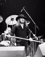 Ronnie my love | Lynyrd Skynyrd Ronnie Van Zant Photo Print 8x10 inch April '76 Cleveland OH 45-2 #music