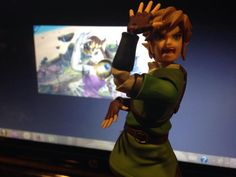 Link's almost got it <- I swear if I had this figure stuff like this would happen WAAAAAY too much!
