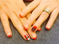 Shellac no chip polish - Hollywood red & accent nails with a reindeer & Santas coat