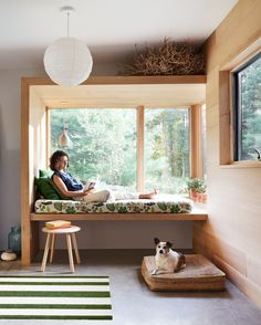 Home Interior Traditional woman sitting in window seat in mudroom.Home Interior Traditional woman sitting in window seat in mudroom Ikea Curtains, Burlap Curtains, Reading Nook, Home Remodeling, Sweet Home, New Homes, House Design, Design Design, Design Ideas