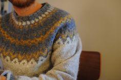 Ravelry: Project Gallery for Riddari pattern by Védís Jónsdóttir Left Side Of Body, Icelandic Sweaters, Men's Knitwear, Knitting Patterns, Men Sweater, Pullover, Long Hair Styles, Sewing, Sleeves