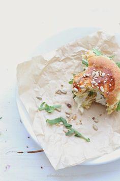 ... potato burger with rosemary bread ...