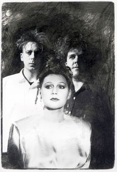 Generation Z, meet The Cocteau Twins Goth Music, 80s Music, Music Love, Music Is Life, It Icons, Cocteau Twins, Wall Of Sound, Generation Z, Dream Pop